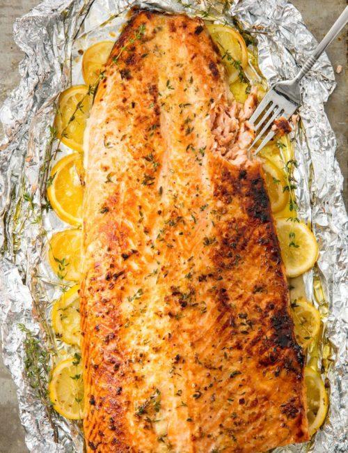 gallery-1504715772-delish-baked-salmon-1